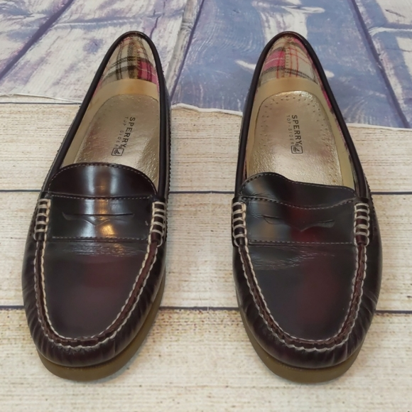 Sperry top-siders burgundy penny loafers size 9.5M